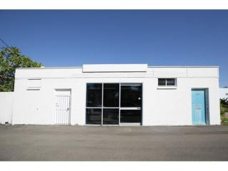 View profile: COMMERCIAL - Large shop frontage