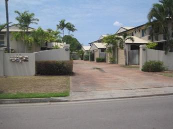 View profile: HUGE TOWNHOUSE RIGHT NEAR HOSPITAL & SCHOOLS